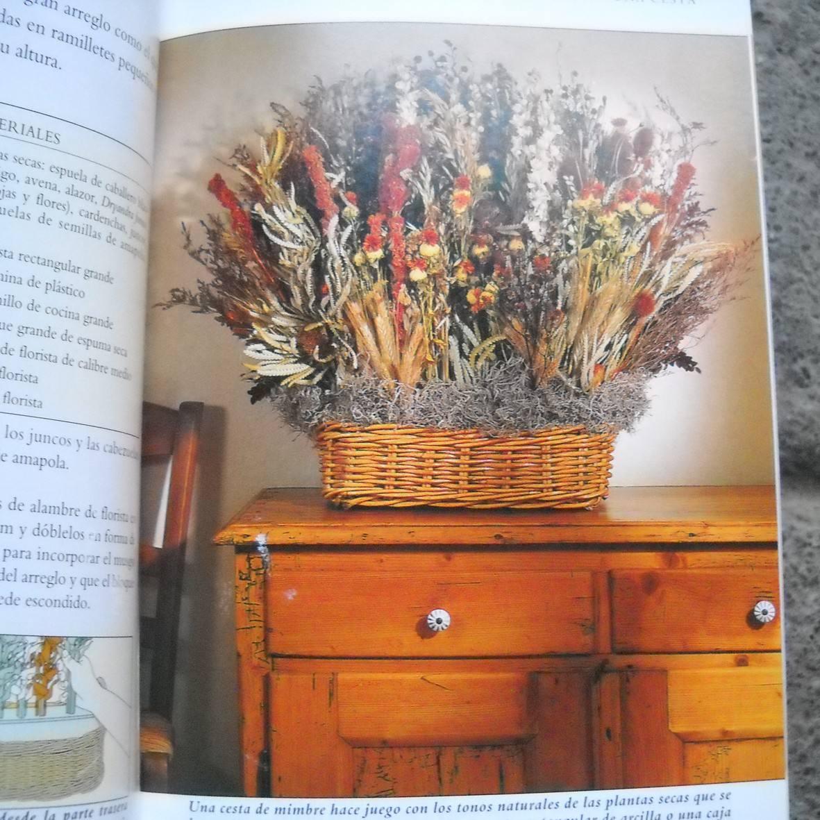 decorar con flores secas arreglos florales centros popurr