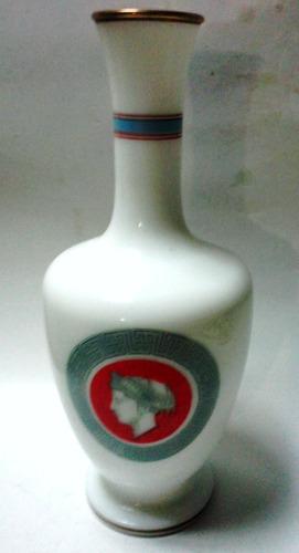 decorativa botella vidrio blanco medallón perfil romano