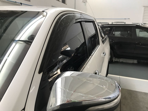 deflectores laterales originales toyota hilux 2016+