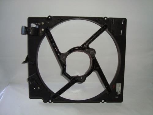 defletor da ventoinha do renault megane 1.6/com ar 1998/1999
