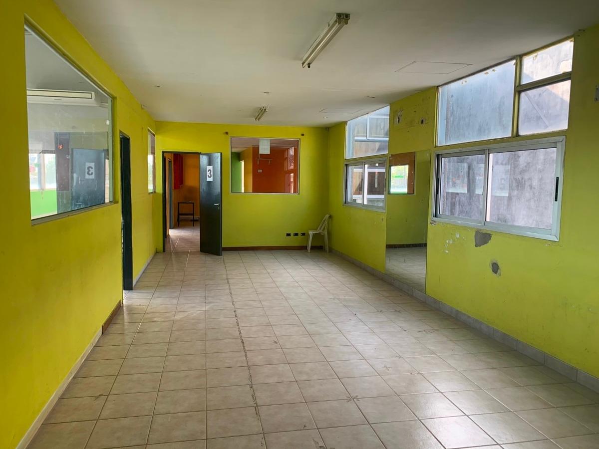 del viso / en alquiler /  salón 1*piso 280 m2.