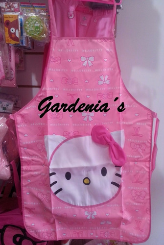 delantal dama hello kitty
