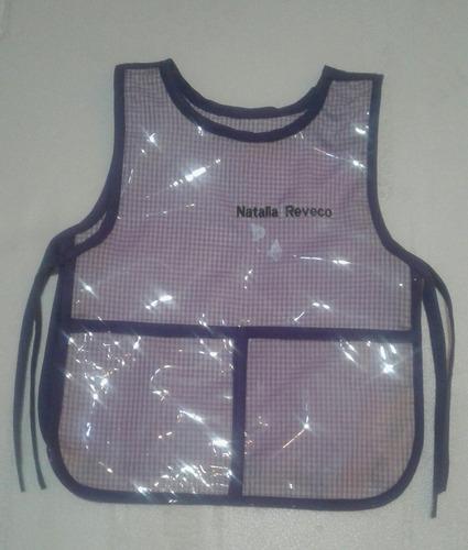 delantales escolares  mixtos tela y plast personalizalizados