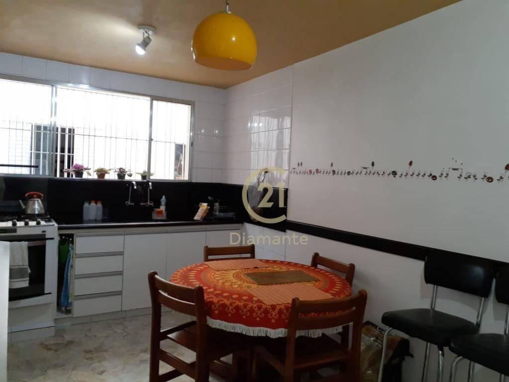 delícia de sobrado no brooklin paulista!! 3 dormitórios, sendo 1 suíte, 3 garagens, edícula -  173 m² por r$ 1.200.000,00 ! - so0775