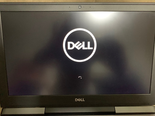 dell gaming-7577 i7 7700hq 16gb ram gtx 1060 6gb max-q novo!