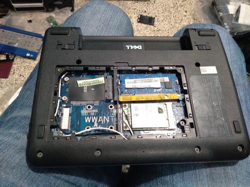 dell inspiron mini 910, board y carcasa buena, pantalla mala