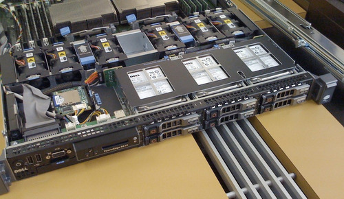 dell poweredge r610 2 quad e5620 2.4ghz 16gb ram 2 hds 146gb