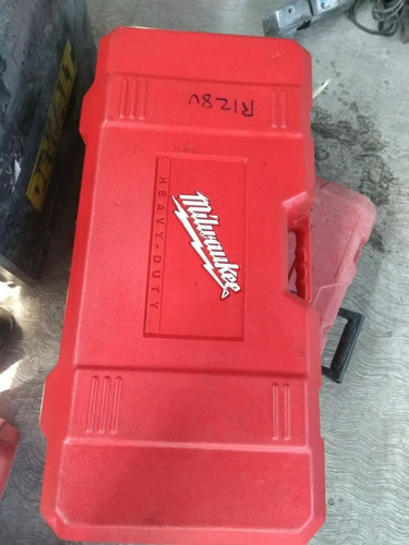 demoledor marca milwaukee 16 kg.