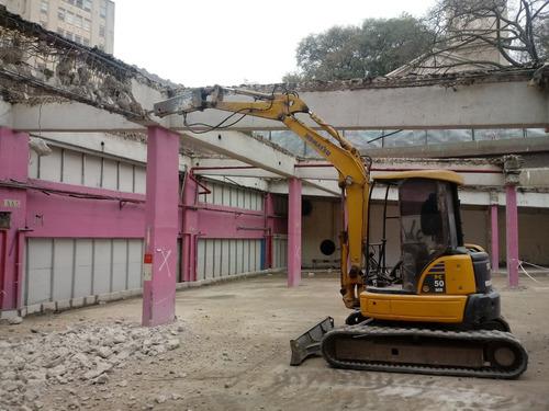demoliciones alquiler de miniexcavadora con martillo