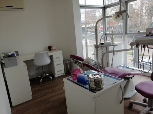 dentista - ortodoncia - brackets - implantes dentales