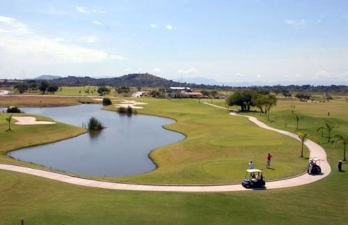 dentro del exclusivo campo de golf paraiso country club, ubicado en el municipio de emiliano zapata !!