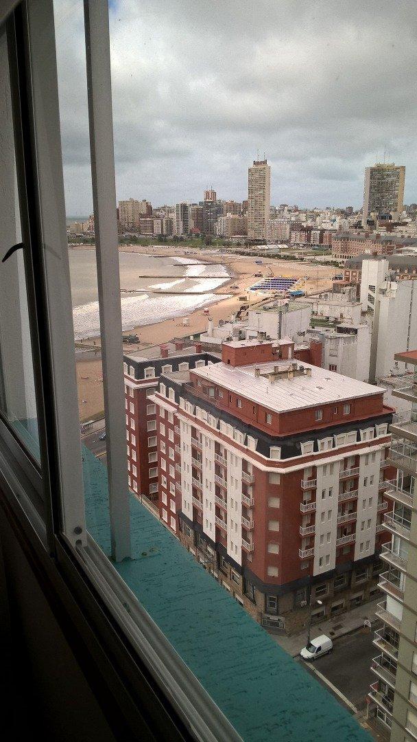 departamento 1 ambiente a la calle con vista lateral al mar en venta mar del plata