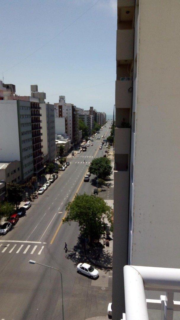 departamento 1 ambiente con balcon a la calle
