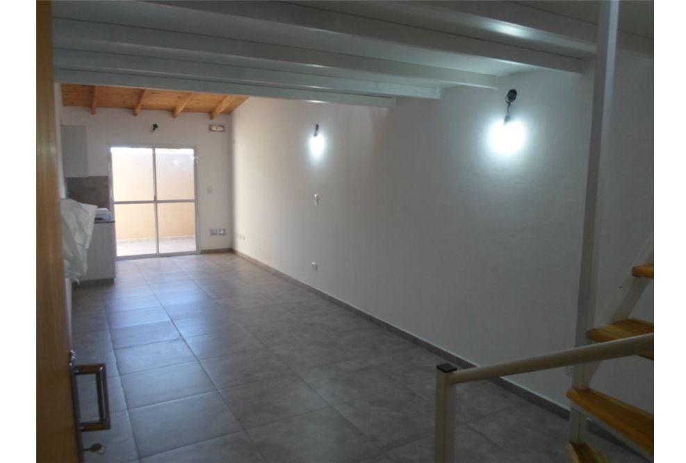departamento 1 ambiente con dormitorio en palomar