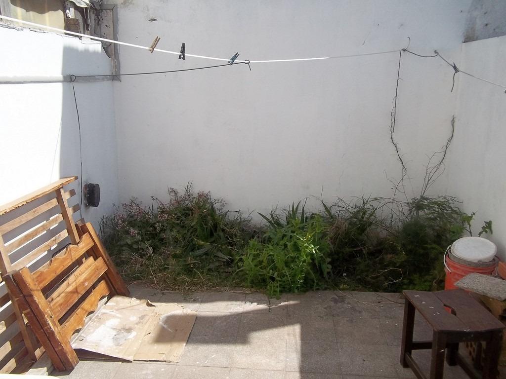 departamento 1 ambiente grande c/ patio sin expensas