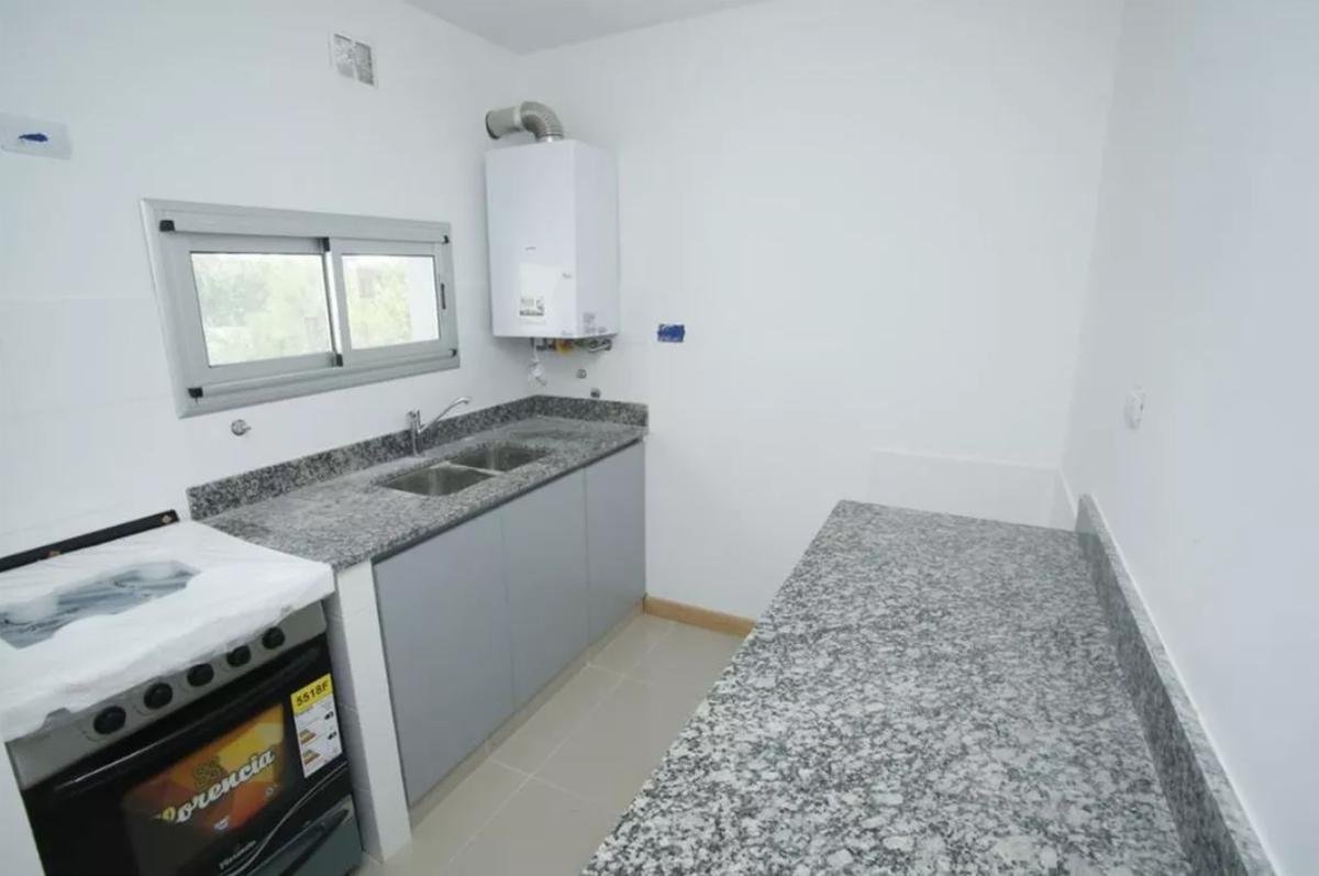 departamento 1 dormitorio al contra-frente a estrenar -49 mts 2- la plata