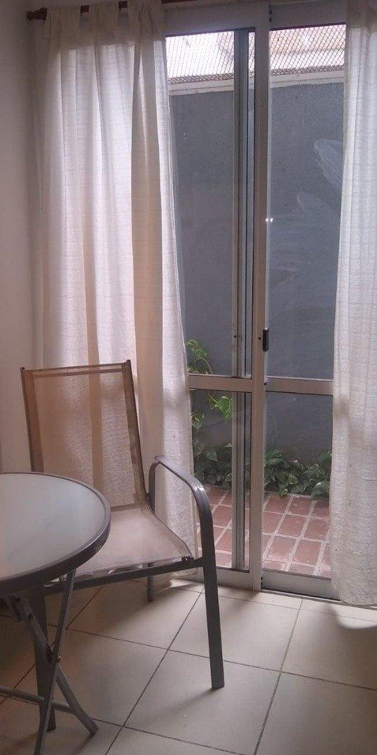 departamento 1 dormitorio centrico - patio - a metros del rio y gran espacio verde - a pocas cuadras de pichincha