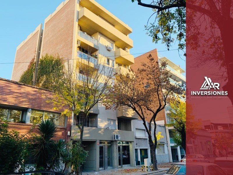 departamento 1 dormitorio con balcón contrafrente cochabamba y corrientes a una cuadra de av. pellegrini -
