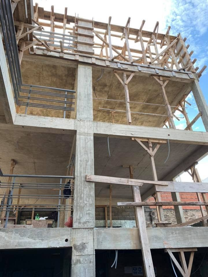 departamento 1 dormitorio de escalera - proxima entrega - barrio echesortu