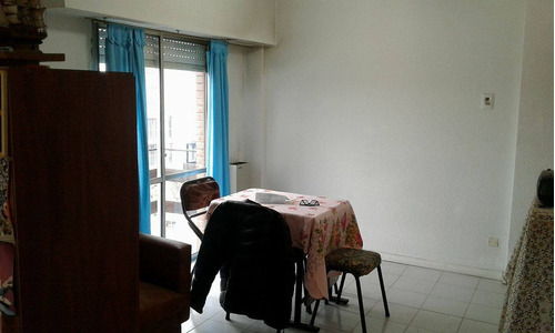 departamento 1amb con balcón/ zona guemes