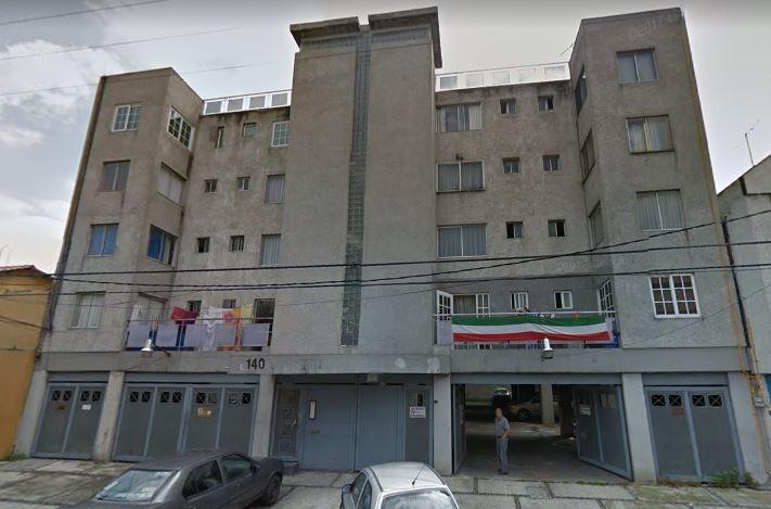 departamento 1er piso 80m2 cerca hospital la raza