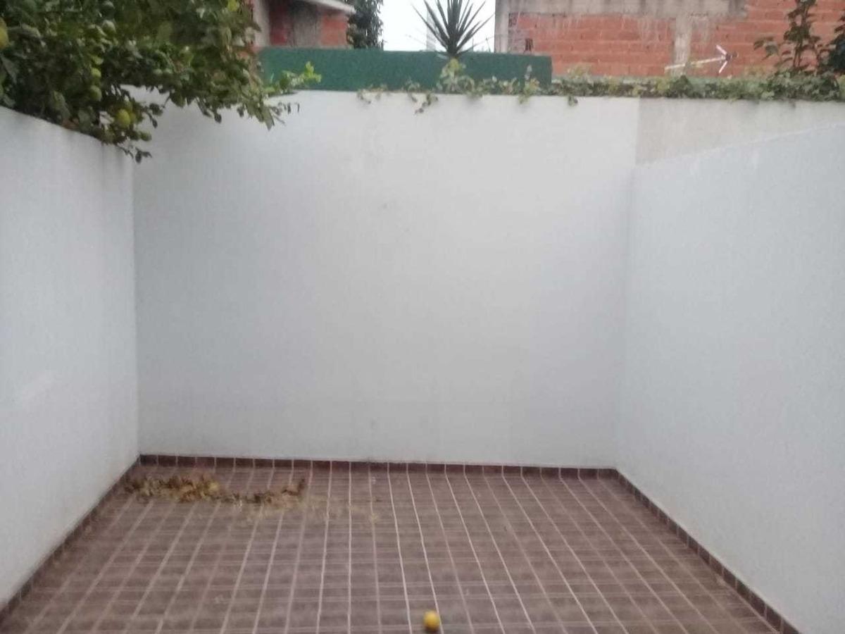 departamento 2 1/2 ambientes cochera y patio