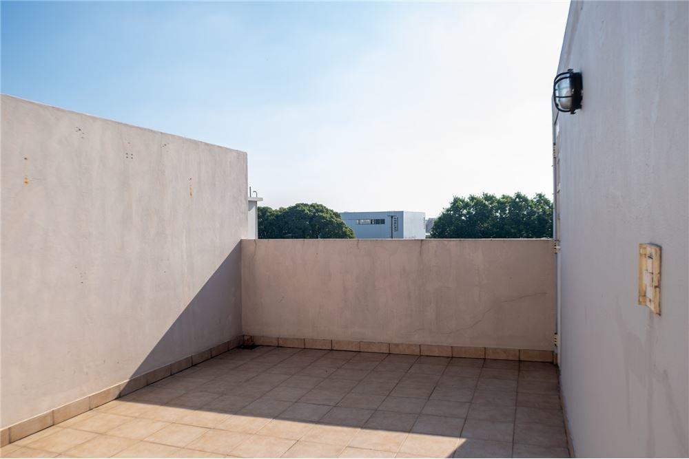departamento - 2 amb - terraza propia. saenz peña.