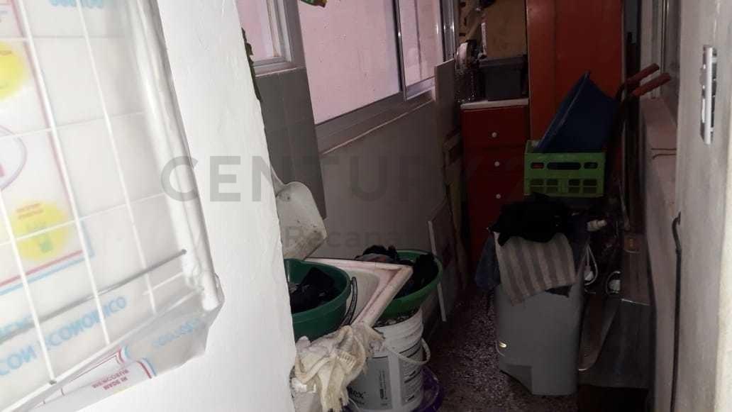 departamento 2 ambientes a la calle totalmente reciclado con cochera incluida