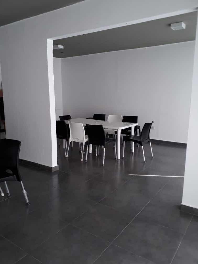 departamento 2 ambientes al frente - av. independencia 3300