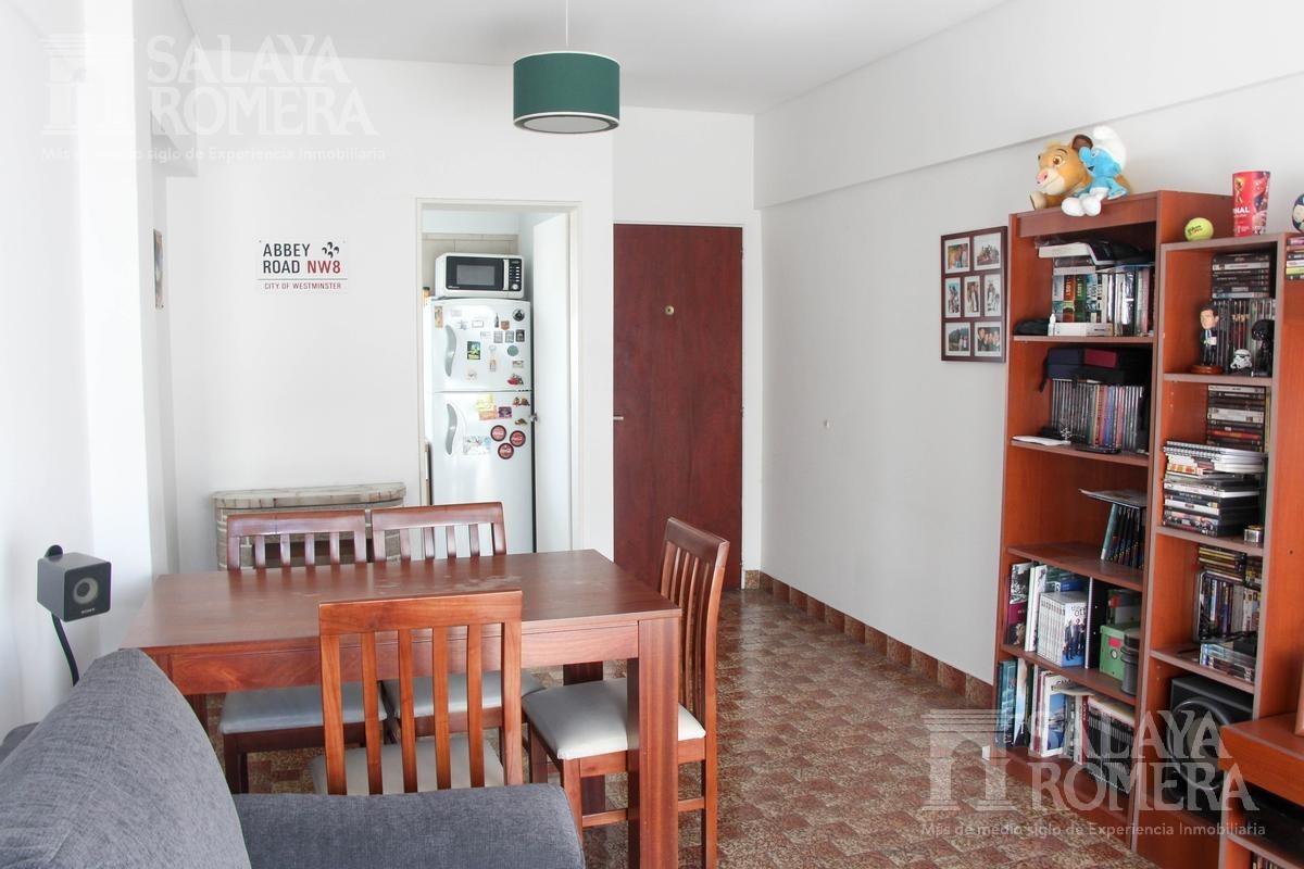 departamento 2 ambientes al frente con cochera  en venta en san cristobal