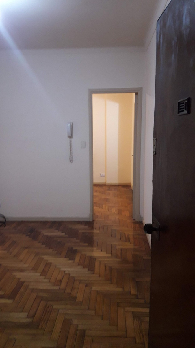 departamento 2 ambientes, caballito, a metros subte line  a