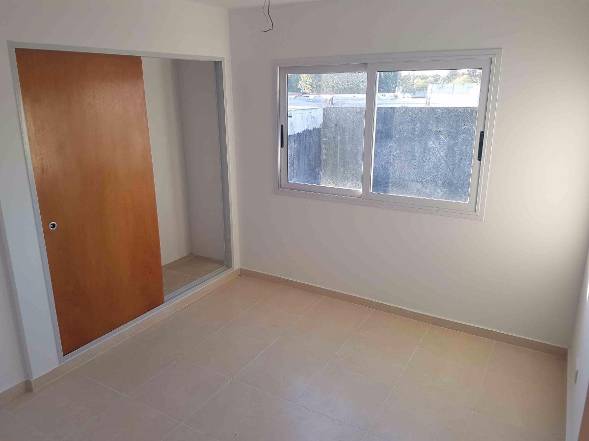 departamento 2 ambientes c/balcon 1 cuadra estacion