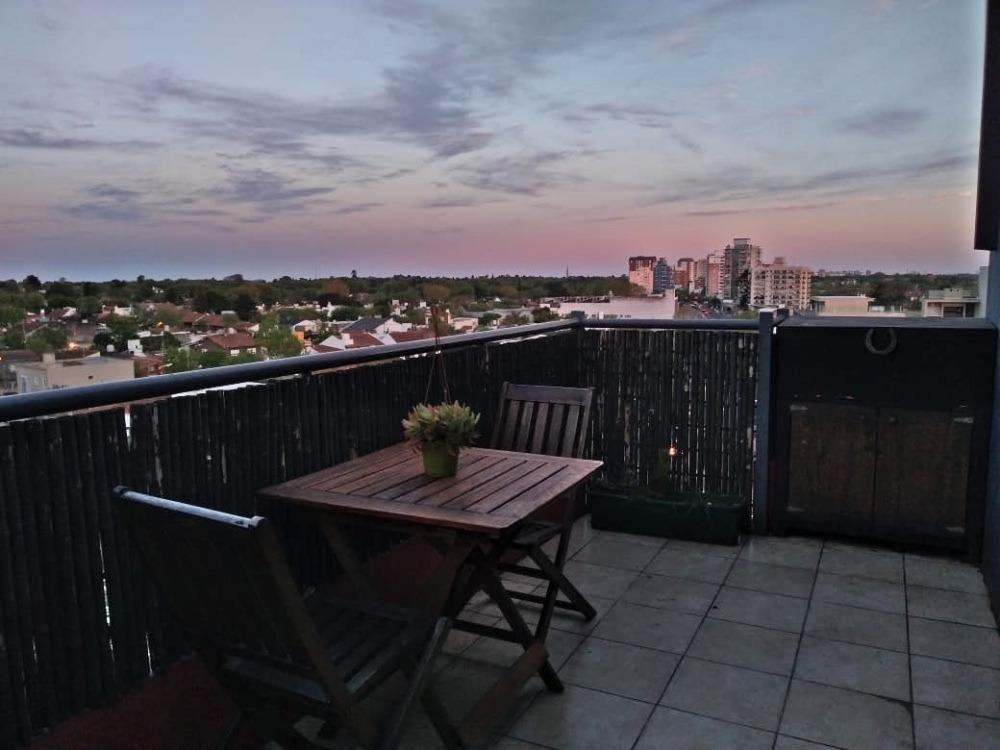 departamento 2 ambientes c/cochera balcón en víctoria