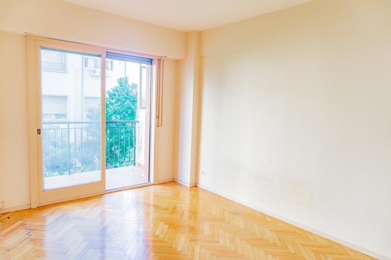 departamento 2 ambientes con balcón en caballito