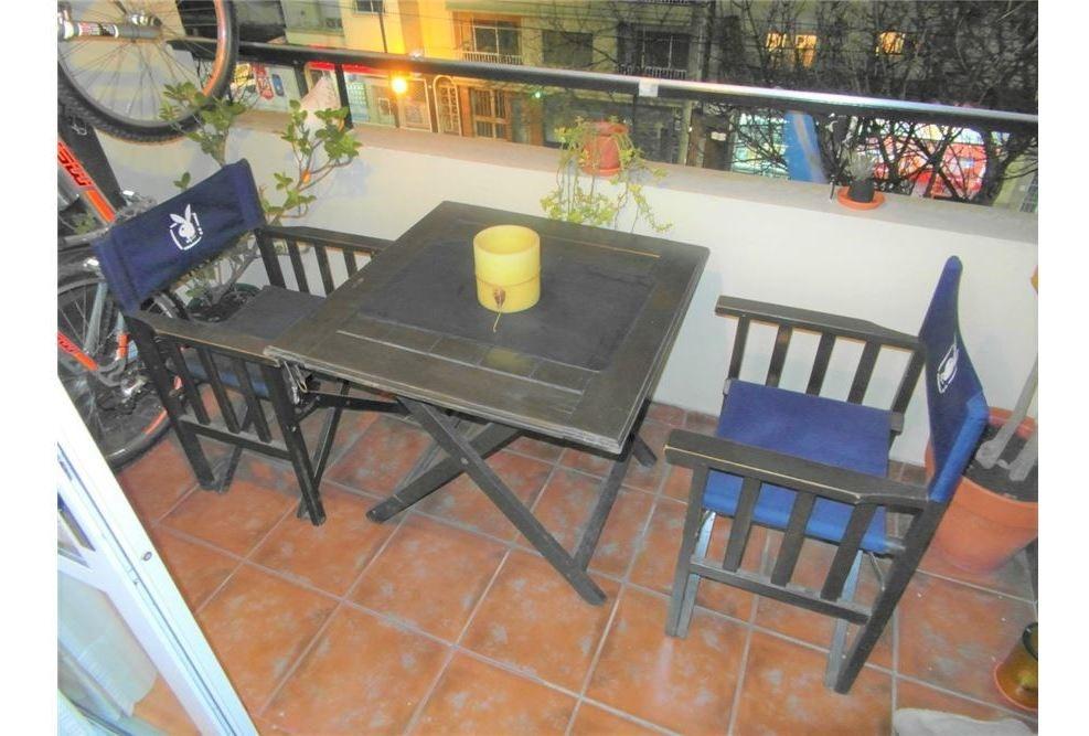 departamento 2 ambientes con balcón en devoto