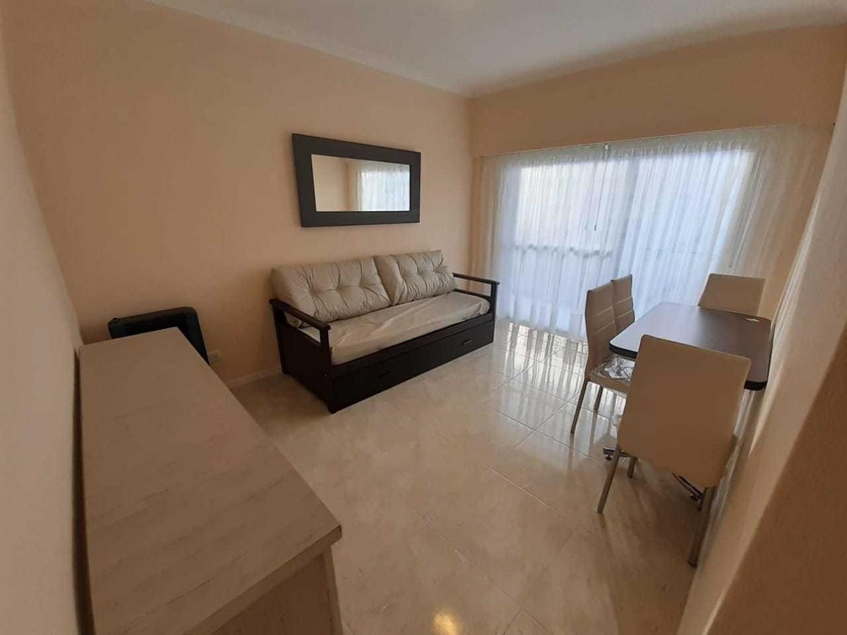 departamento 2 ambientes con balcón externo// ficha n° 23857