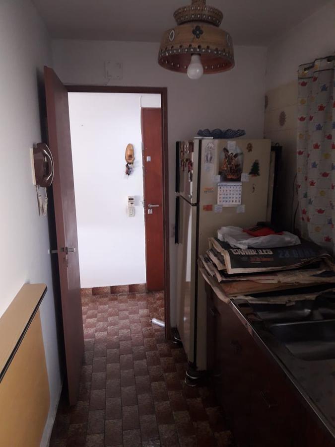 departamento 2 ambientes con balcón y cochera - san cristobal