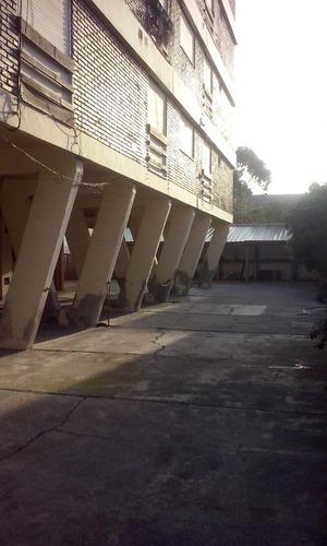 departamento 2 ambientes con cochera y gas natural