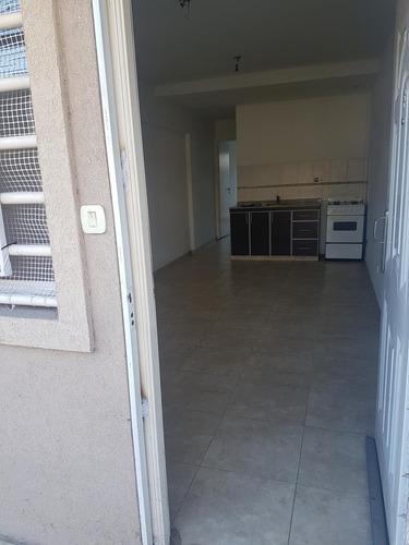departamento 2 ambientes con patio a la calle ramos mejia