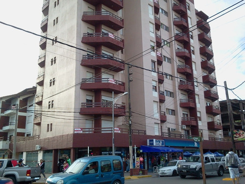 departamento 2 ambientes en calle peatonal