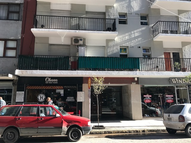 departamento 2 ambientes en venta a la calle microcentro