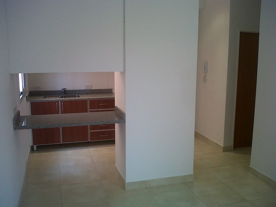 departamento 2 ambientes en villa morra
