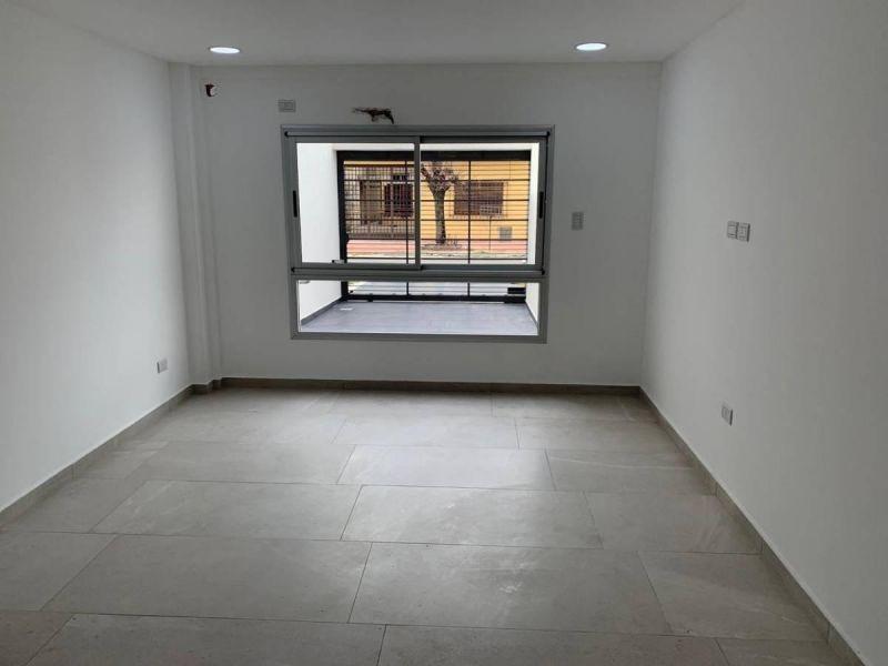 departamento 2 ambientes planta baja con cochera