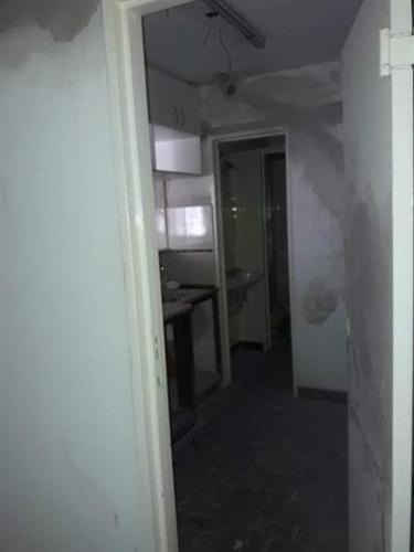 departamento 2 dorm en alquiler sobre av colon