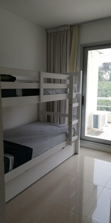 departamento 2 dormitorios 2 baños aire acond. servicios