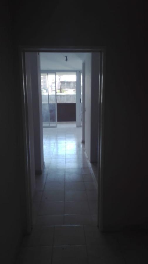 departamento  2 dormitorios, 2 baños y cochera -100 mts 2 -estrenar- la plata