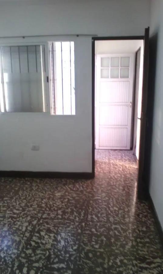 departamento 2 dormitorios, 2 baños y patio-55 mts 2 -sin expensas- los hornos