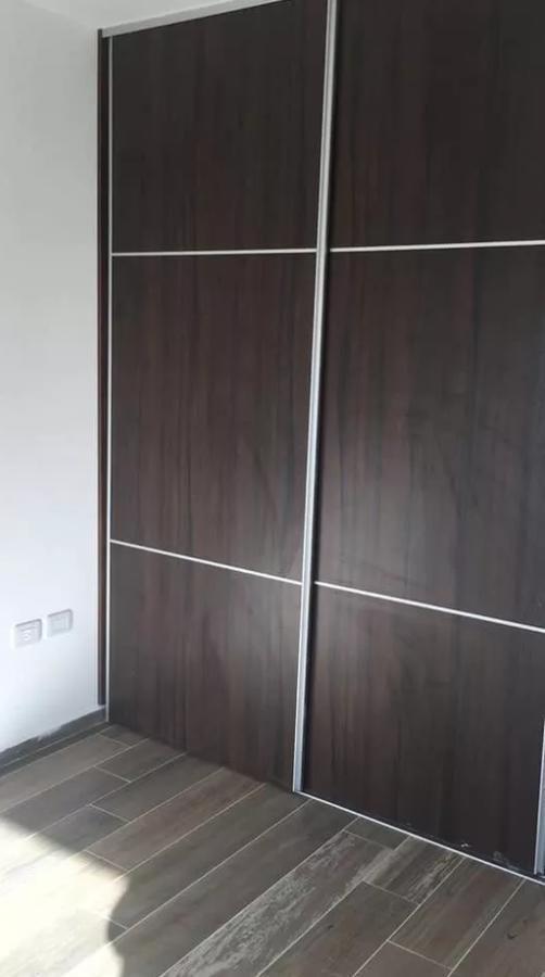 departamento 2 dormitorios al frente , 2 baños y cochera cubierta- 78, 30 mts 2 - la plata