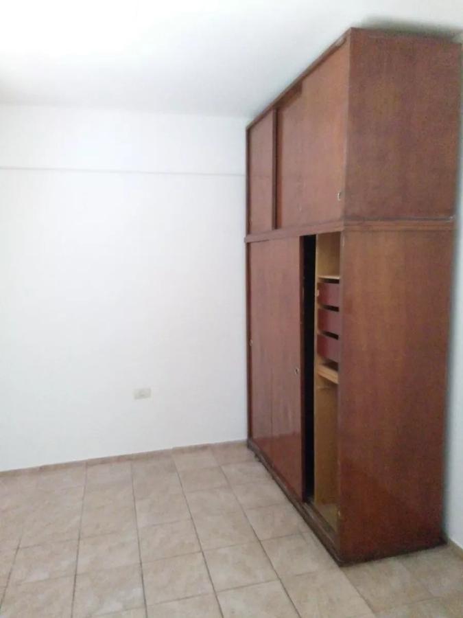 departamento  2 dormitorios .apto banco- la plata