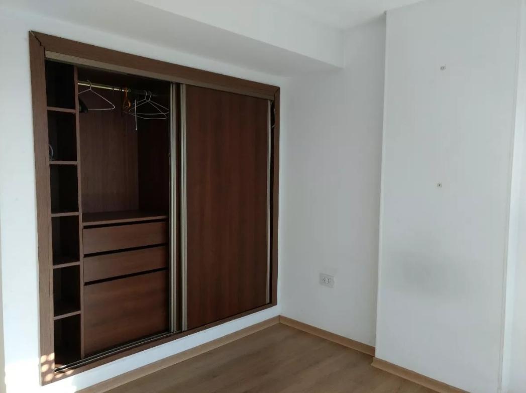 departamento 2 dormitorios. apto banco  - la plata .sobre plaza italia .
